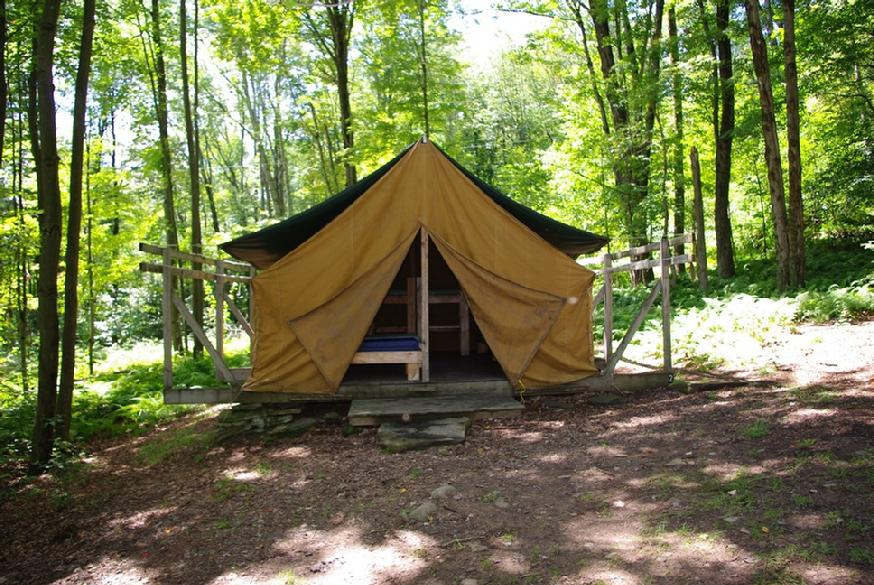 874_ovr-far-tent-close