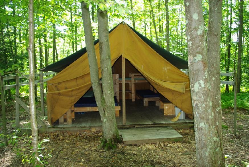 874_tent_close
